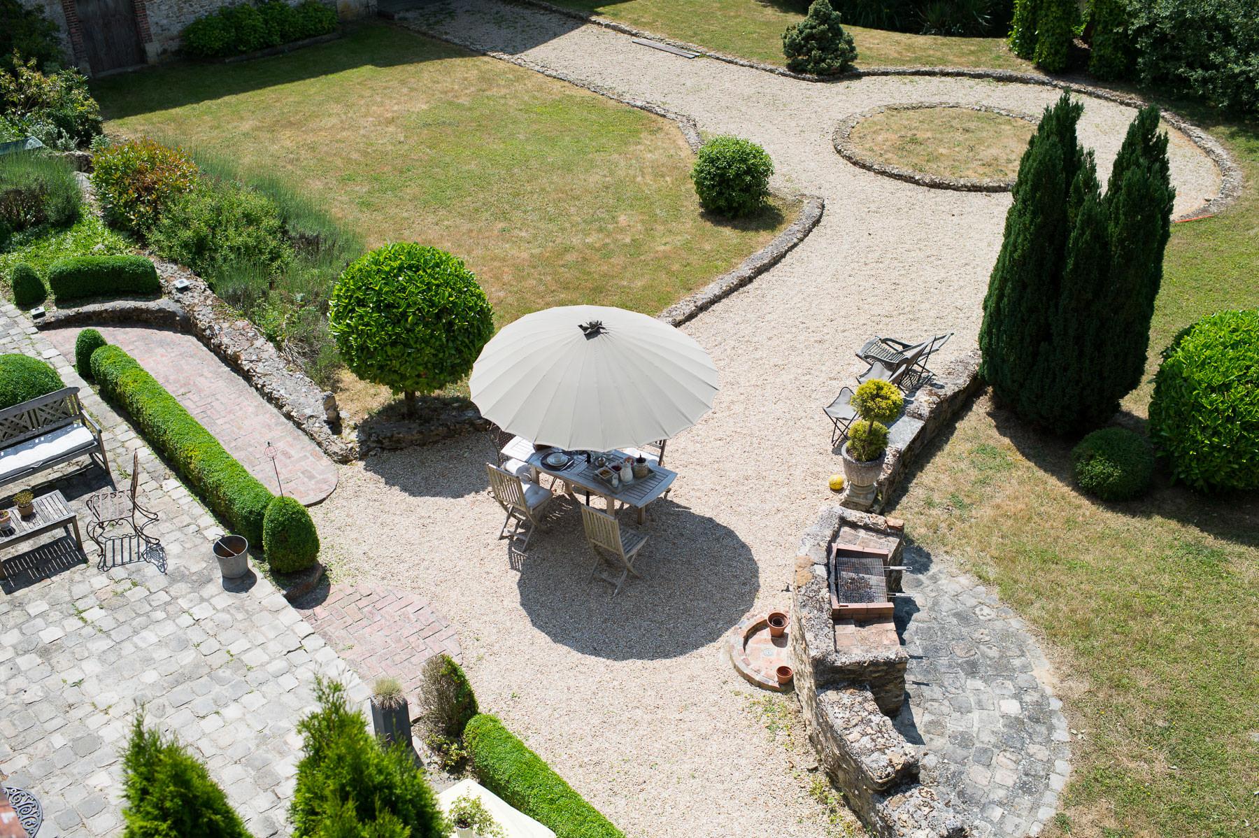 jardin-vu-chambre-dhotes-de-charme-nature